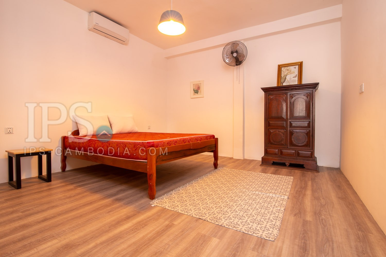 3 Bedroom Flat For Sale - Daun Penh, Phnom Penh