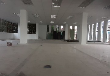 175 Sqm Commercial Space For Rent - Phsar Depou 2, Phnom Penh