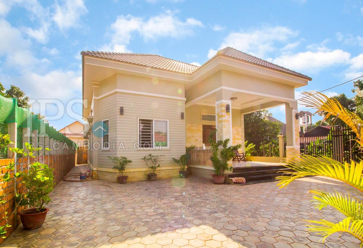 2 Bedroom Villa For Rent - Slor Kram, Siem Reap