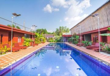 12 Room Hotel For Rent -  Kouk Chak, Siem Reap