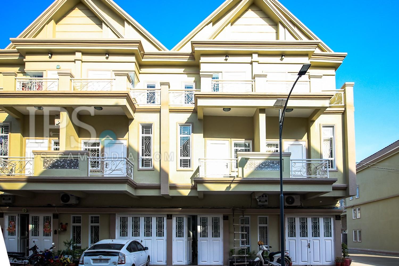 4 Bedroom Link House For Rent - Chbar Ampov, Phnom Penh