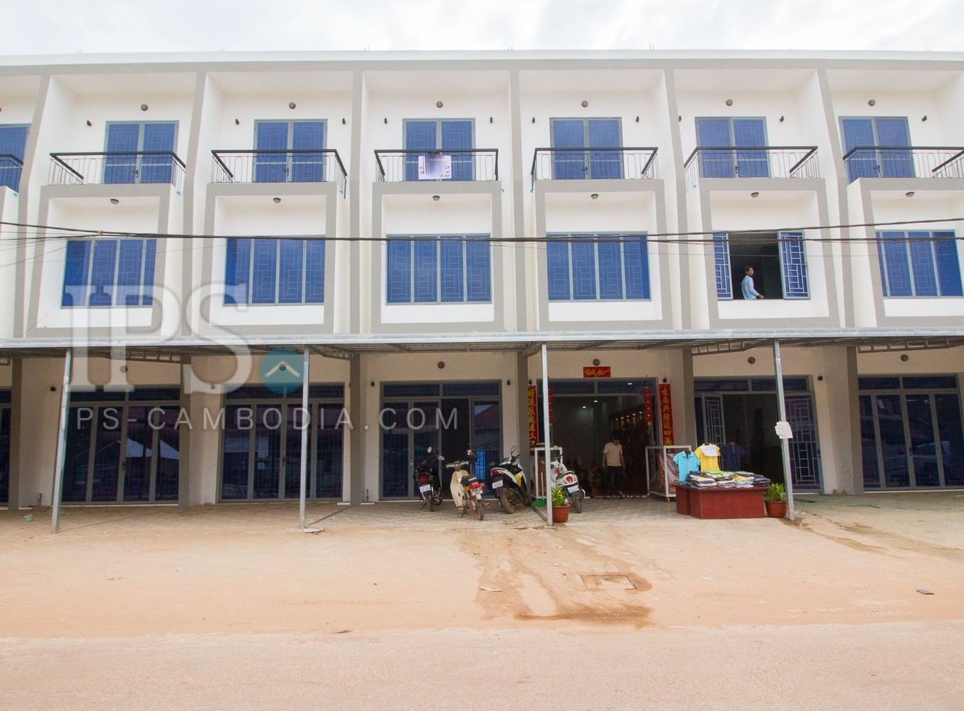 4 Bedroom Flat House For Sale - Svay Dangkum, Siem Reap