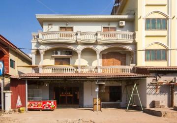 7 Bedroom Villa For Sale - Svay Dangkum, Siem Reap