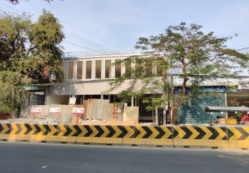 1040 Sqm Commercial Space For Rent - Phsar Daeum Thkov, Phnom Penh