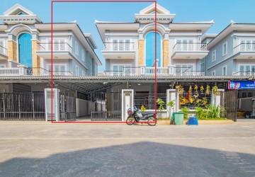 4 Bedroom Twin Villa  For Rent - Chrang Chamreh Ti Muoy, Phnom Penh