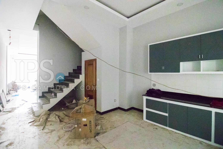 4 Bedroom Flat For Rent - Kouk Chak, Siem Reap