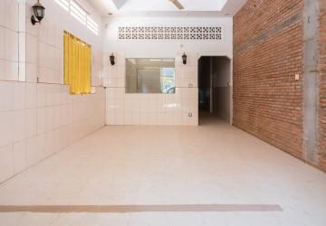 6 Bedroom Flat For Rent - Old Market/Pub Street, Siem Reap