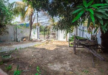 3 Bedroom Villa For Rent - Sala Kamreuk, Siem Reap thumbnail