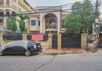 5 Bedroom Villa For Rent- Toul Svay Prey 2, Phnom Penh