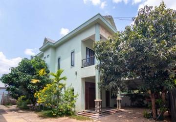 4 Bedroom Villa and 10 Studio Room Apartment Complex For Sale - Svay Dangkum, Siem Reap