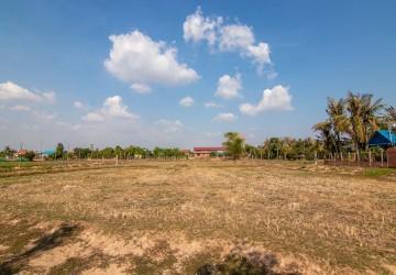 5637 Sqm Land For Sale - Chreav, Siem Reap