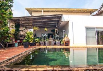 3 Bedroom Villa For Sale - Sangkat Siem Reap, Siem Reap