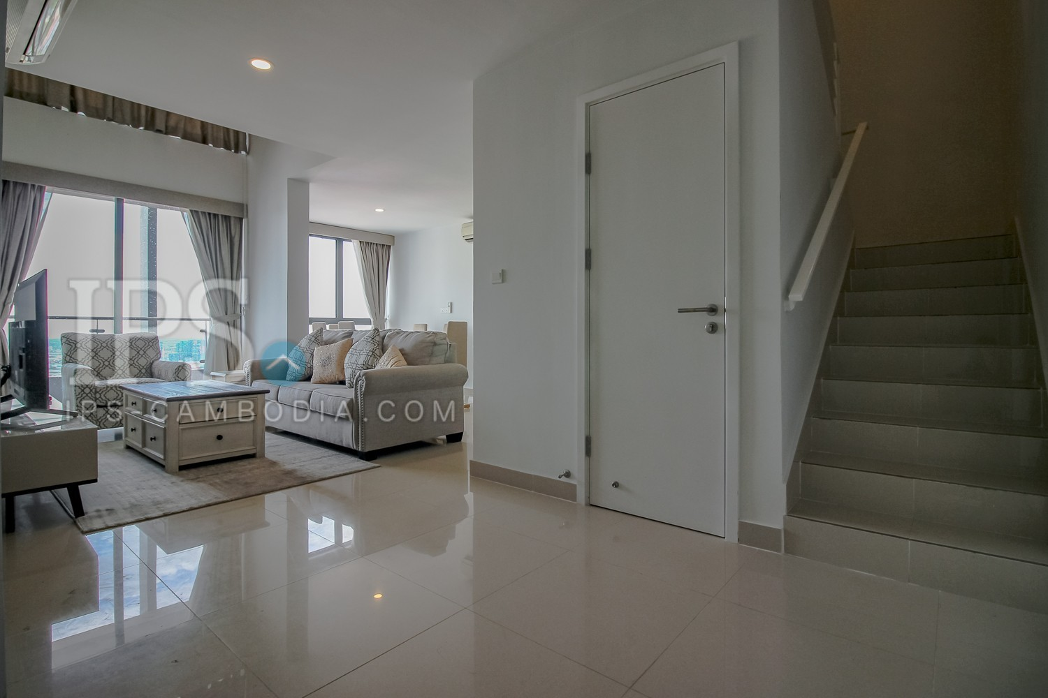 3 Bedroom Duplex Penthouse For Rent - Tonle Bassac, Phnom Penh