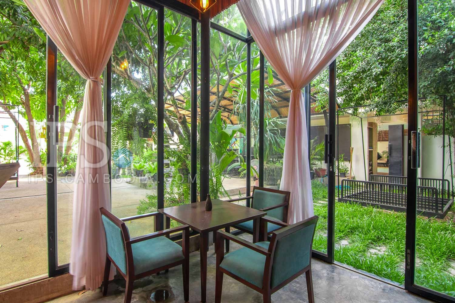 10 Bedroom Hotel For Sale - Night Market area, Siem Reap