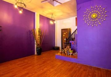 7 Bedroom House For Sale - Pub Street, Siem Reap thumbnail