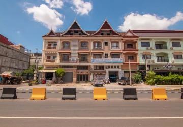 23 Bedroom Guesthouse and Land For Sale - Slor Kram, Siem Reap