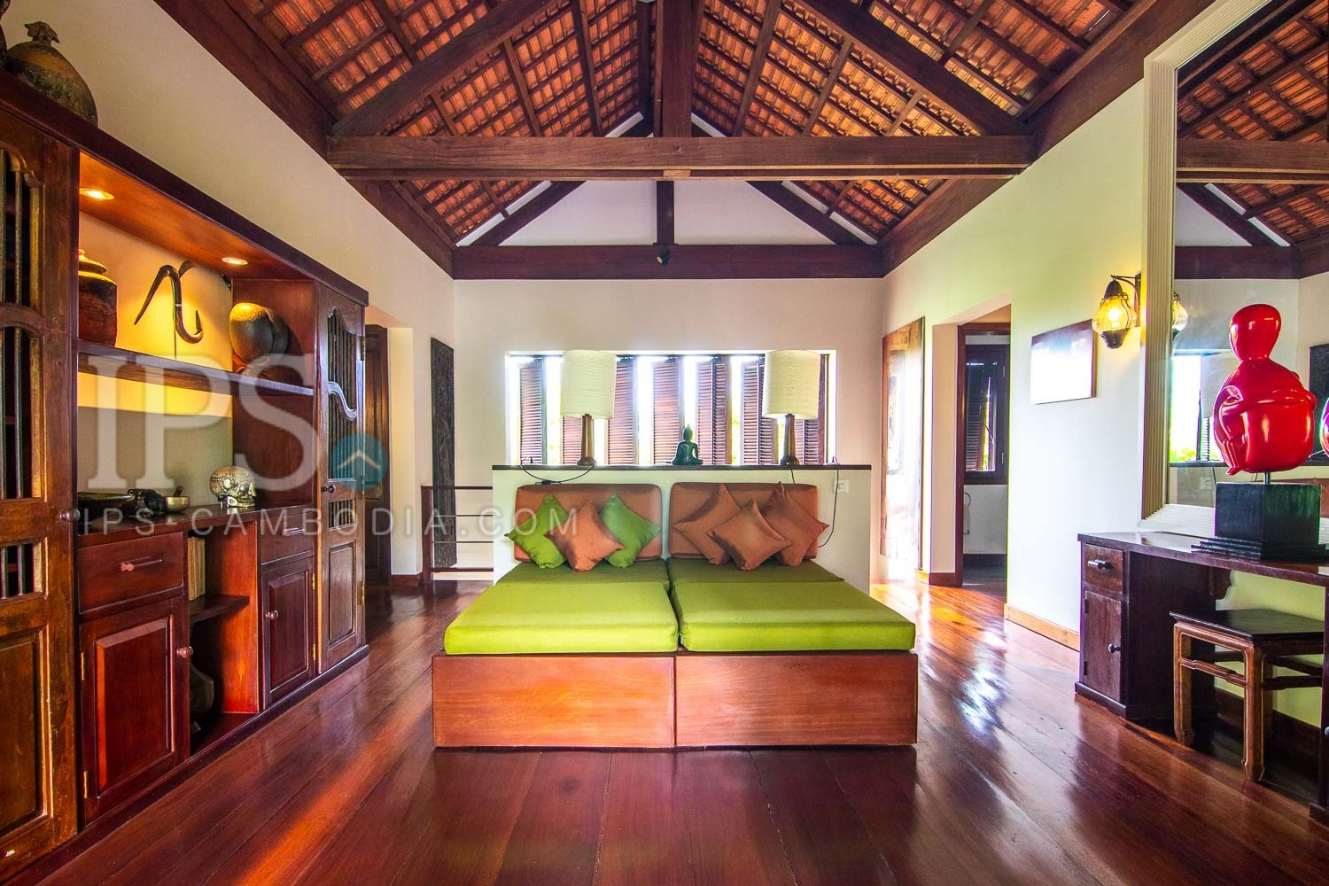 5 Bedroom Luxury Villa For Sale - Svay Dangkum, Siem Reap