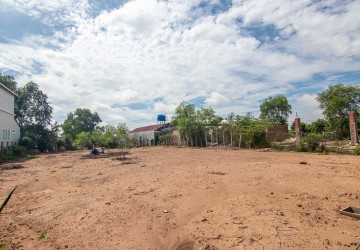 760 Sqm Land For Sale - Road 60, Siem Reap