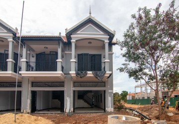 2 Bedroom Flat For Sale - Near Makro, Siem Reap
