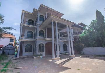 16 Bedroom Villa For Rent - Svay Dangkum, Siem Reap