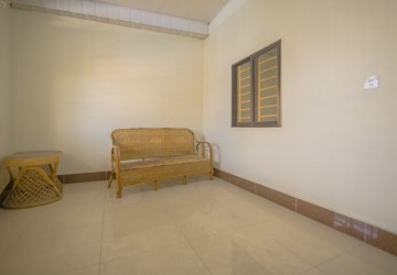 8 Bedroom Townhouse For Sale - Tonle Bassac, Phnom Penh