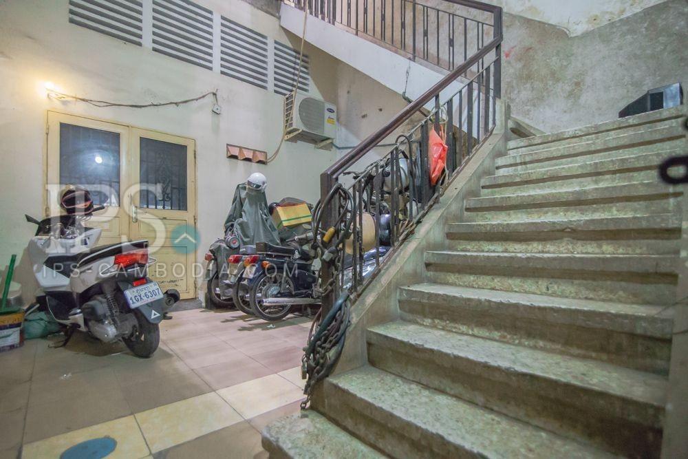 1 Bedroom Renovated Apartment For Sale - Daun Penh, Phnom Penh