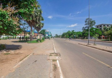 1800 Sqm Land For Rent - Svay Dangkum, Siem Reap thumbnail