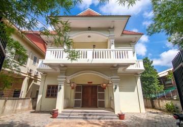 11 Bedroom Villa For Sale - Svay Dangkum, Siem Reap
