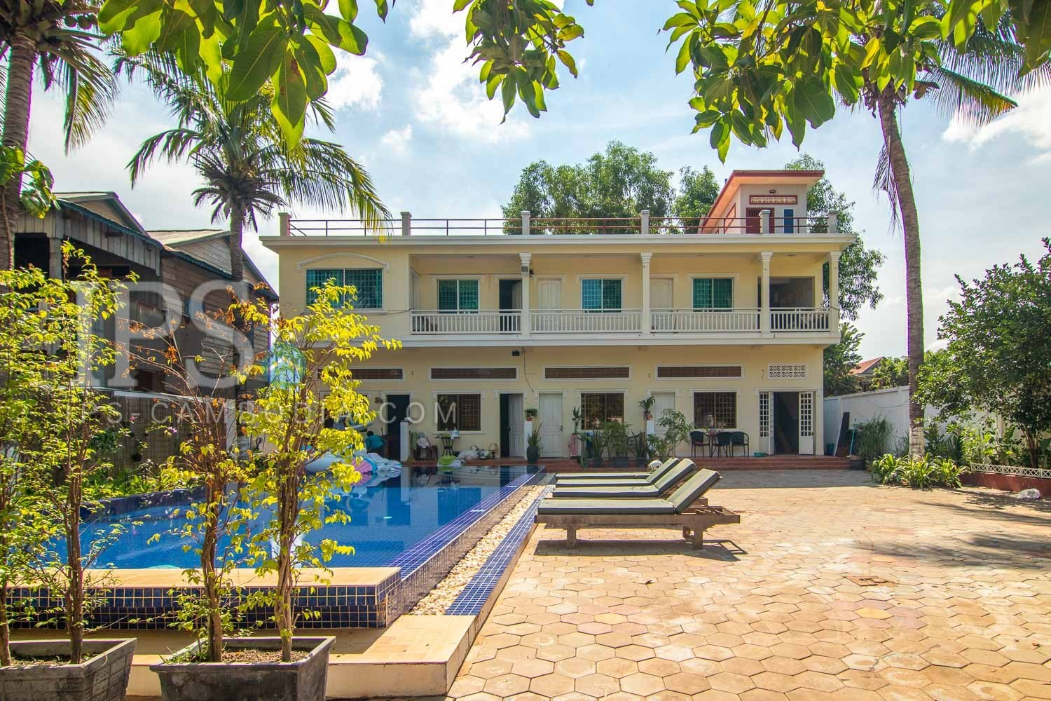 6 Unit Apartment Building For Sale - Sala Kamreuk, Siem Reap