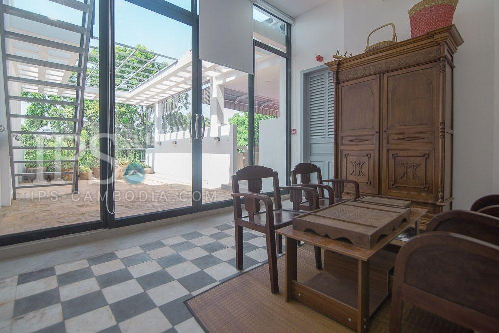 3 Storey Shophouse For Rent - Wat Phnom, Phnom Penh
