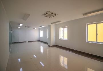 70 Sqm Office Space For Rent - BKK2, Phnom Penh thumbnail