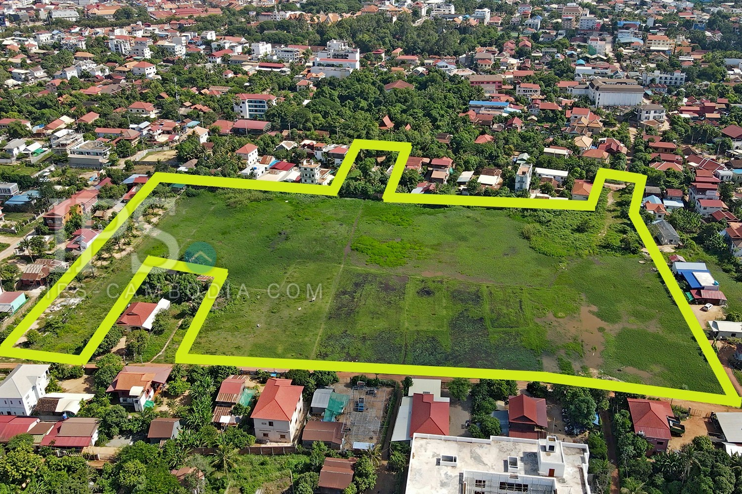 32,118 sq.m. Commercial Land For Sale - Wat Damnak, Siem Reap