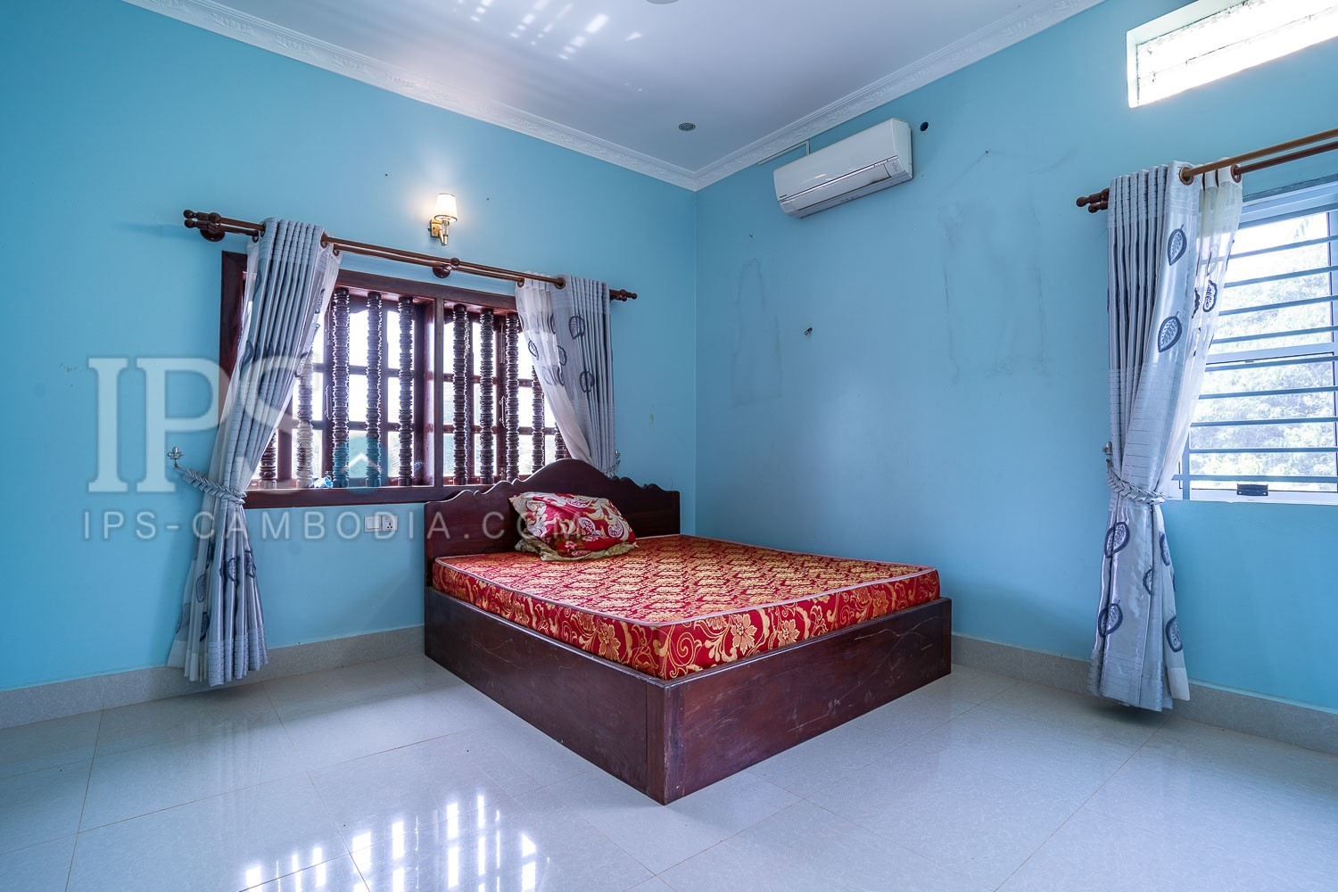 6 Bedroom Villa For Rent - Sala Kamreuk, Siem Reap thumbnail