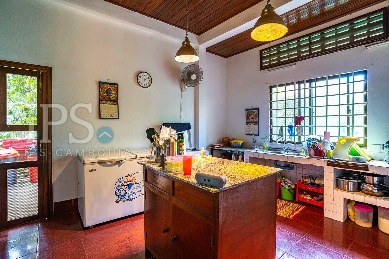 5 Bedroom Wooden House For Sale - Slor Kram, Siem Reap