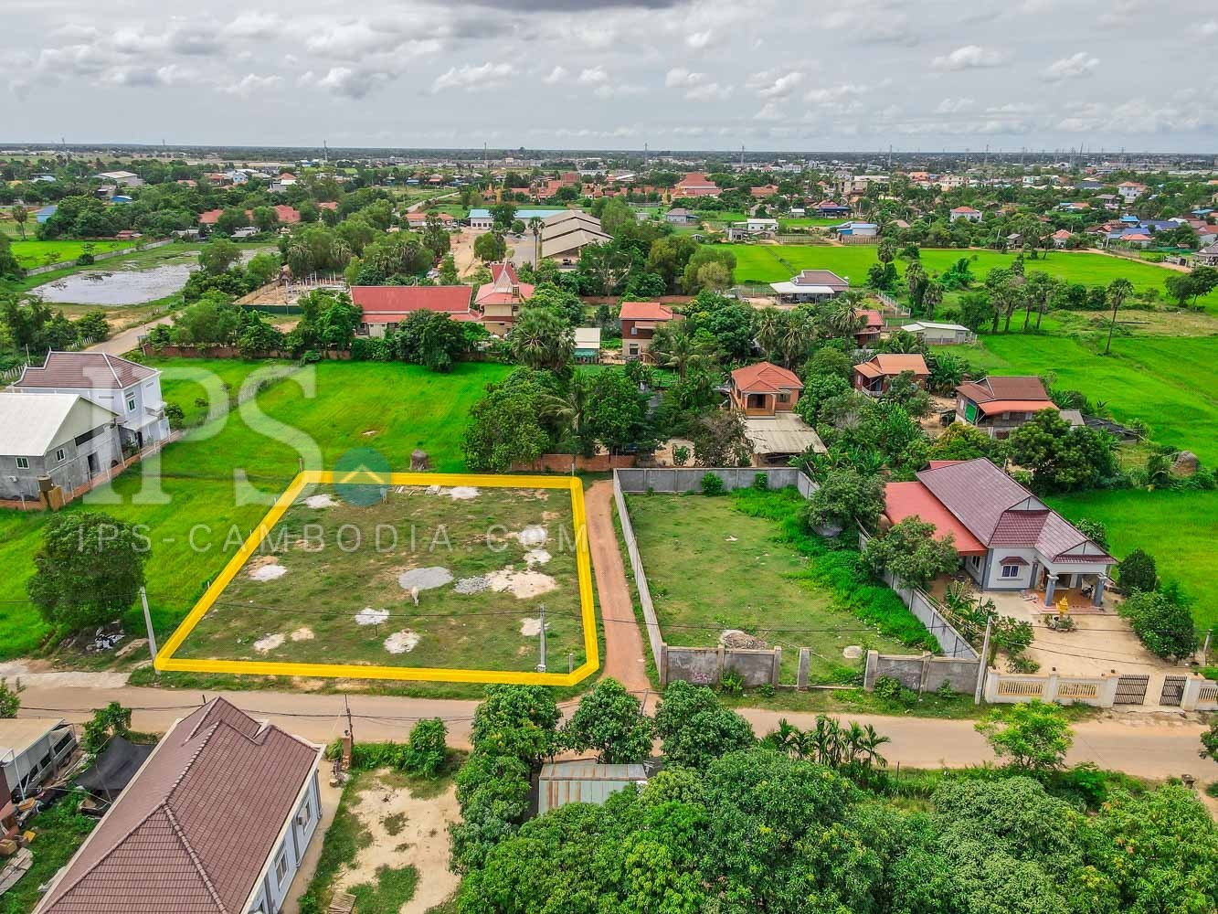 1,240 Sqm Land For Sale - Svay Thom, Siem Reap