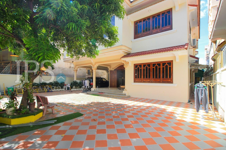 6 Bedrooms Villa For Rent, BKK1 - Phnom Penh