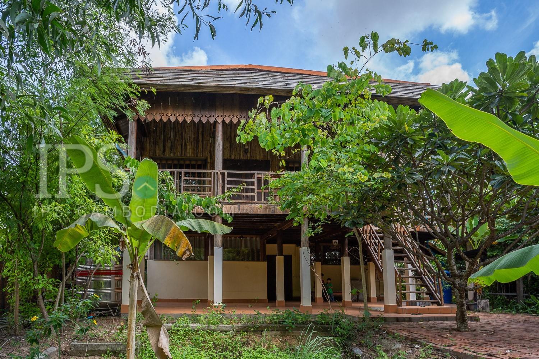 3 Bedroom Wooden House For Rent in Kouk Chak, Siem Reap