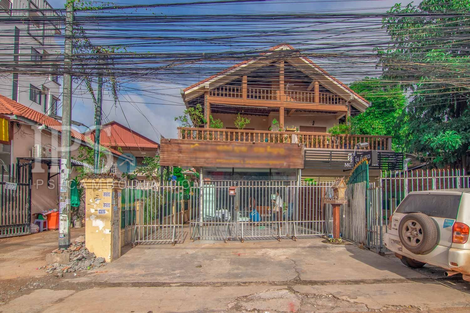 8 Bedroom Villa For Rent -  Svay Dangkum, Siem Reap