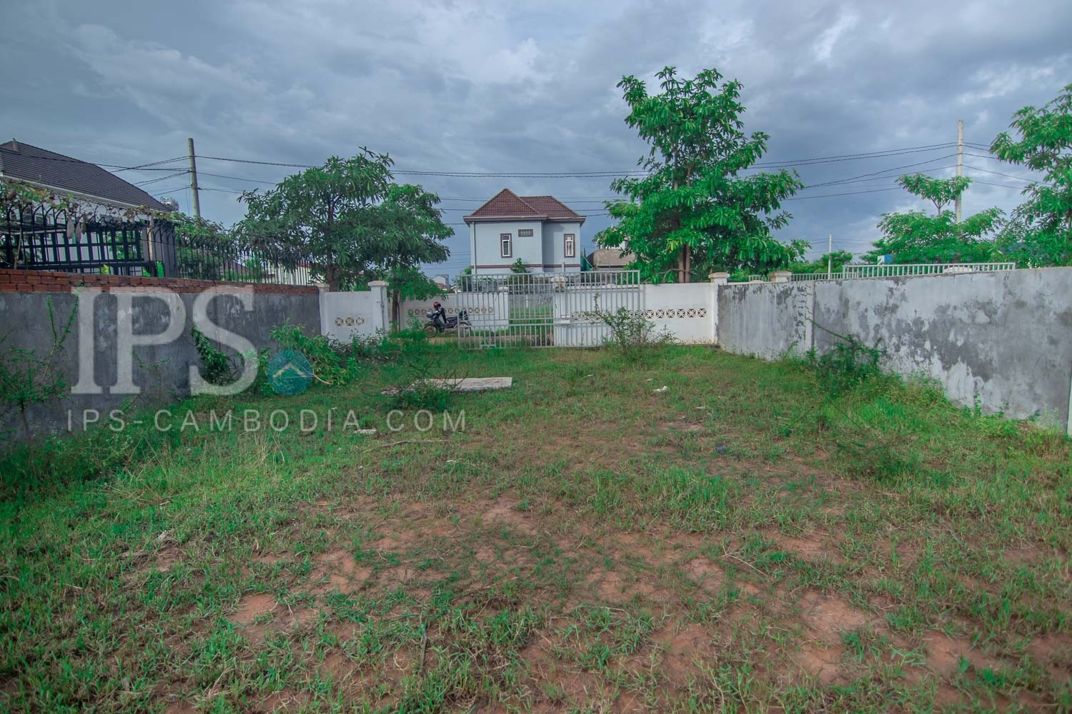 230 Sqm Land For Sale - Svay Dangkum, Siem Reap