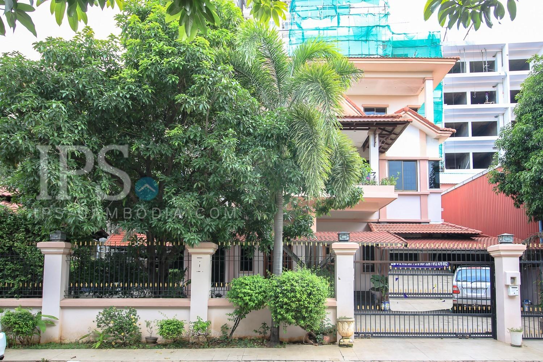 6 Bedroom Villa For Sale - Chroy Changvar , Phnom Penh