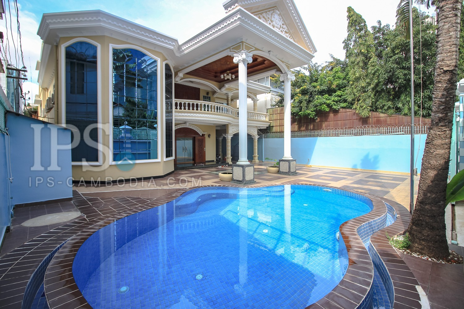 Villa For Rent In Phnom Penh