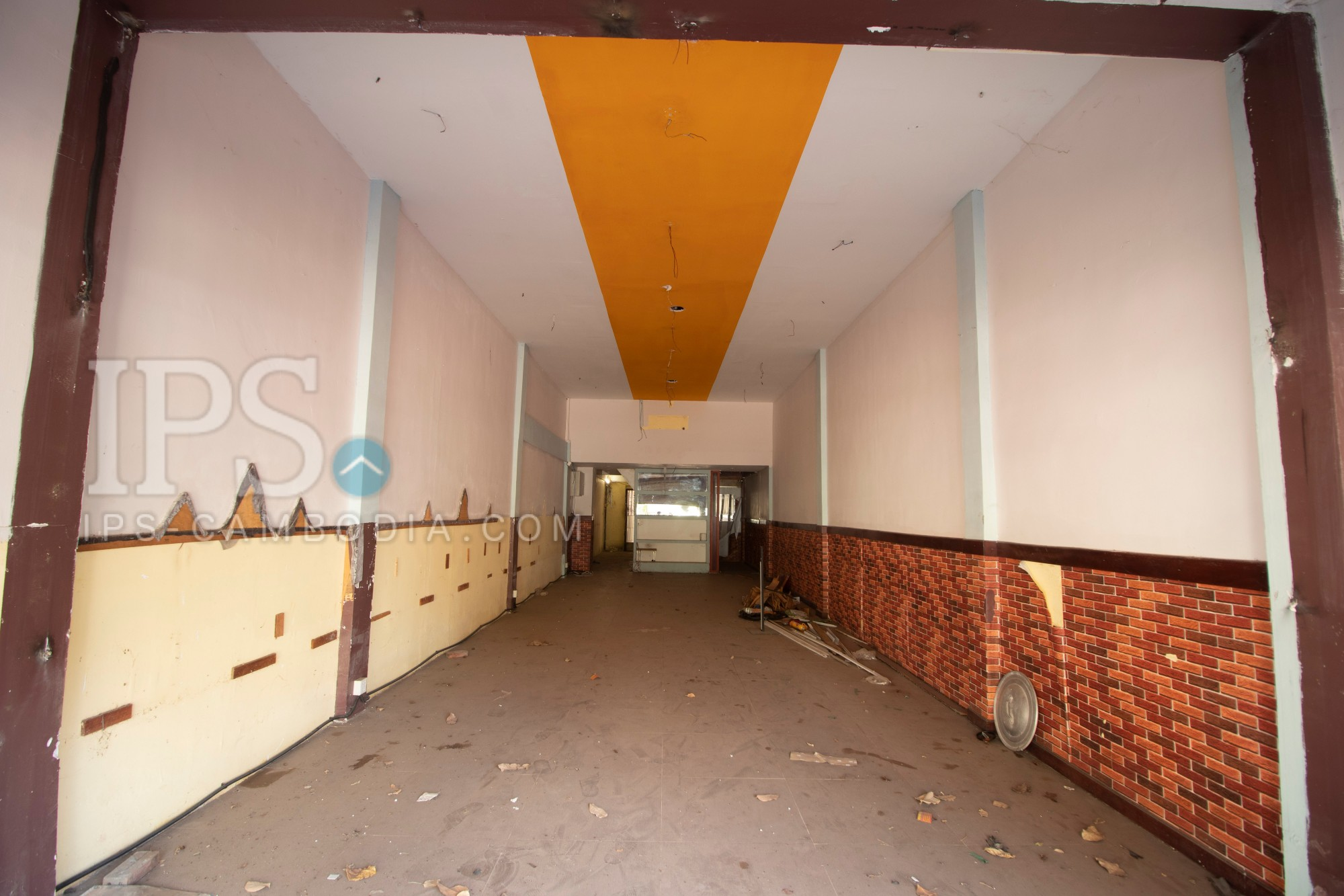 3 Floor Commercial Building For Rent- Sivutha Road, Siem Reap