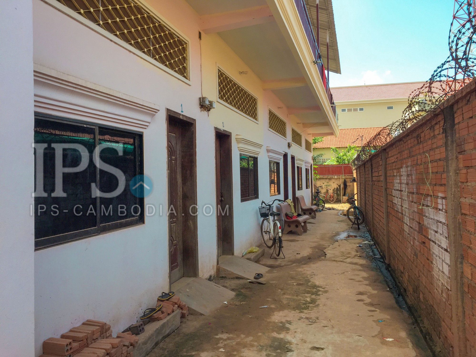 10 Bedroom House For Sale - Sala Kamreuk, Siem Reap