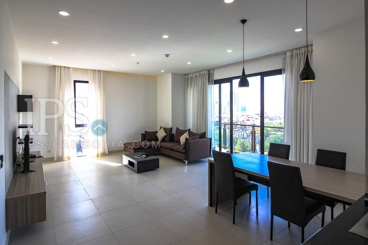 3 Bedroom Condo Unit For Rent - Beoung Riang, Phnom Penh