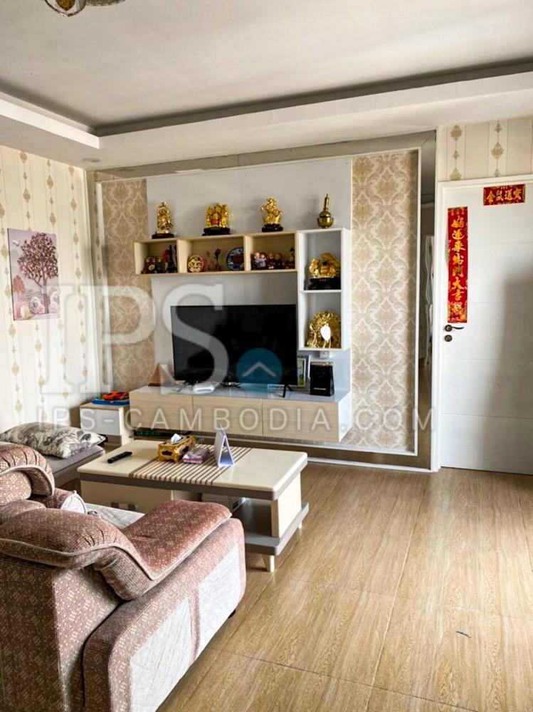 2 Bedroom Condo For Sale - Boeng Trabek 2, Phnom Penh