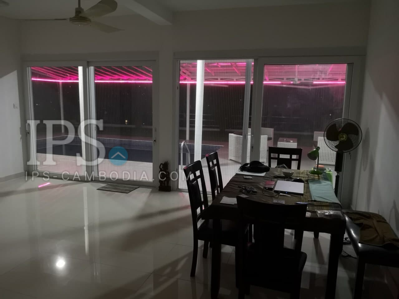 3 Bedrooms Modern Villa With Pool For Rent in Sihanoukville