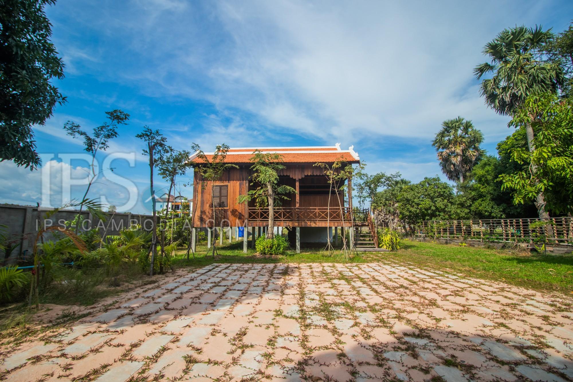 2 Bedroom Wooden House For Sale - Chreav, Siem Reap