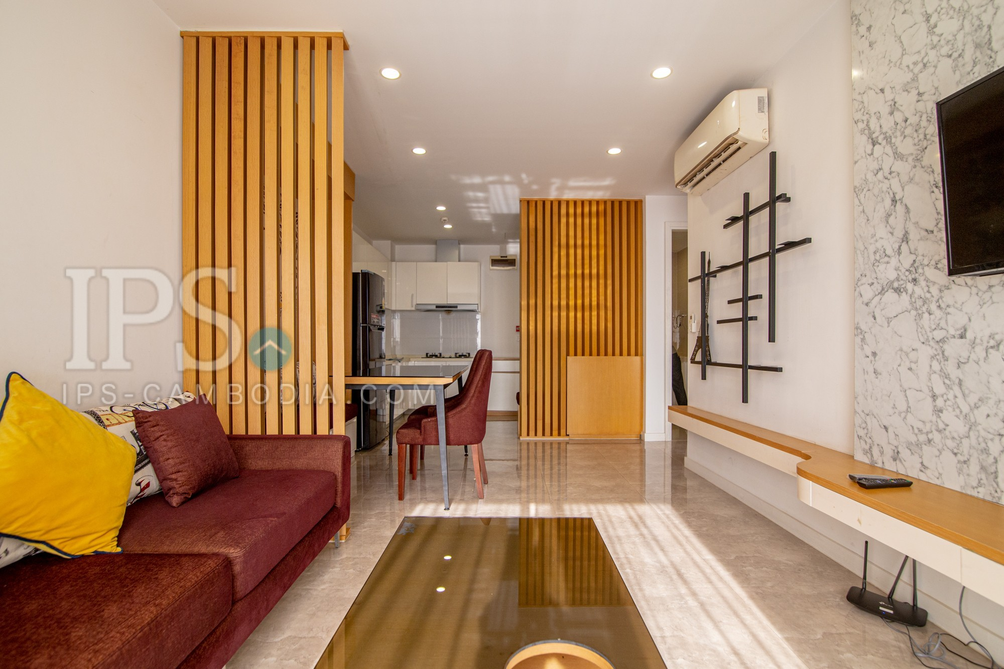 2 Bedroom Condo For Rent - Tonle Bassac, Phnom Penh