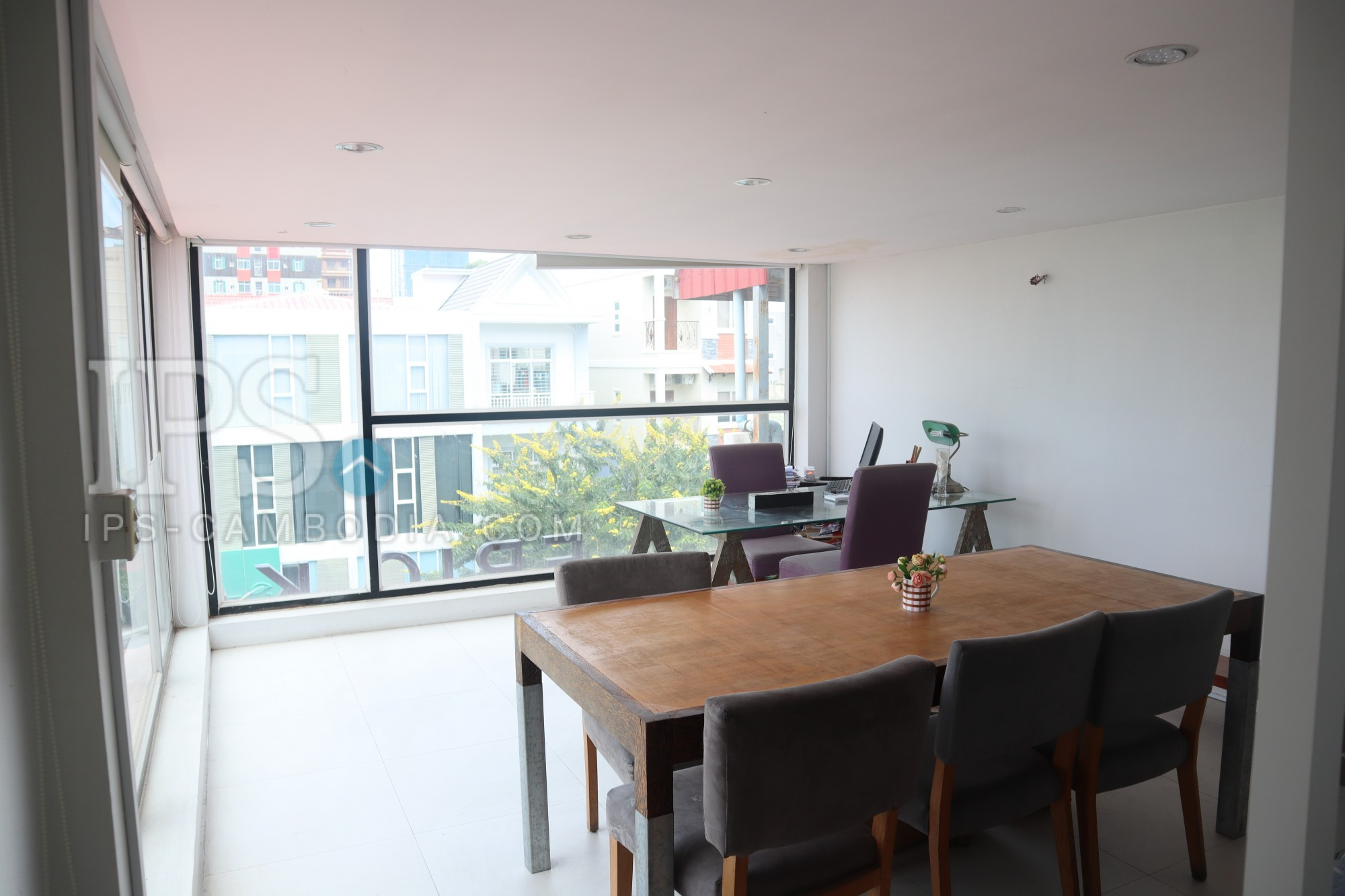 100 Sqm Office For rent - BKK1, Phnom Penh