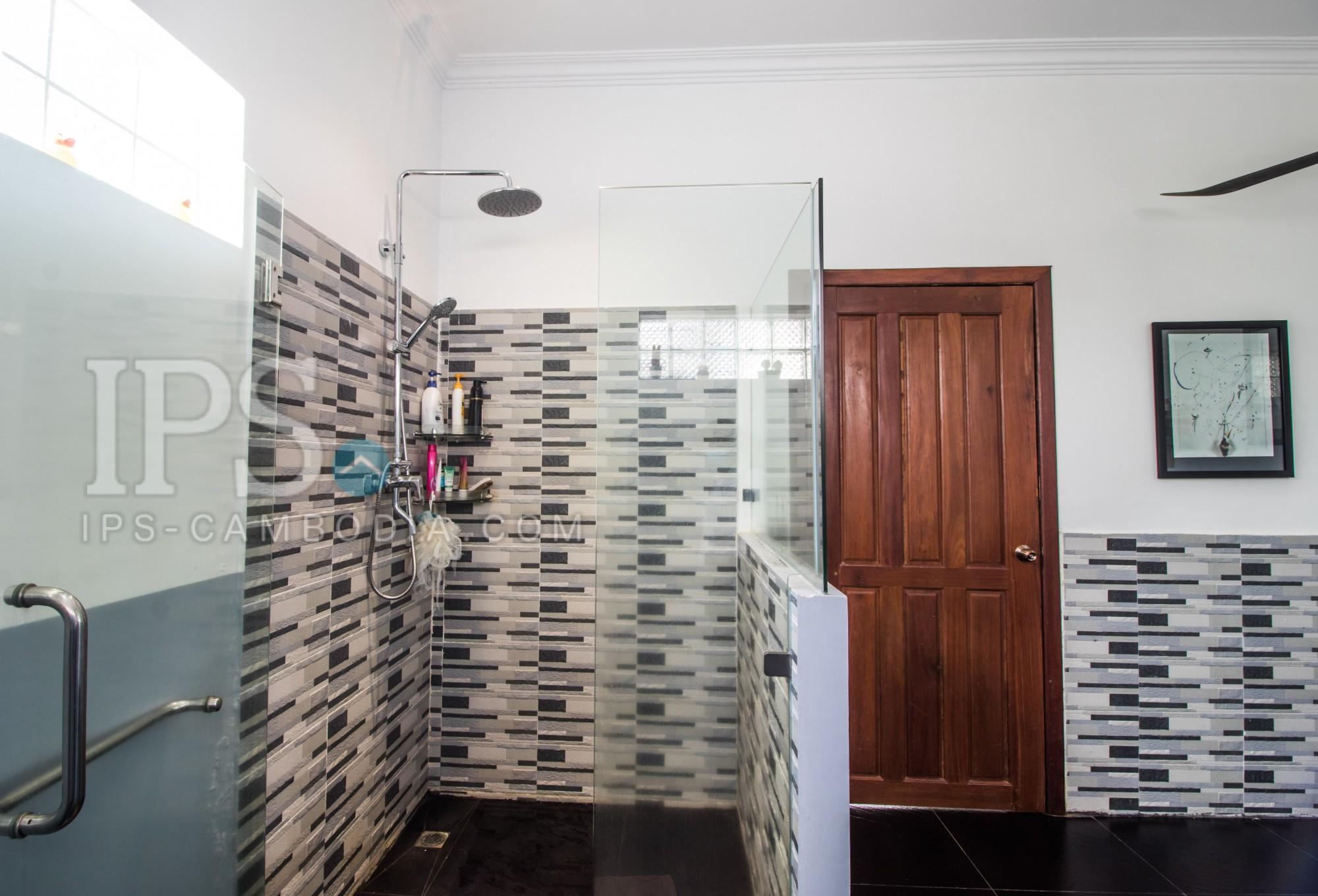 2 Bedroom Western-Style Villa For Rent - Kor Kranh, Siem Reap